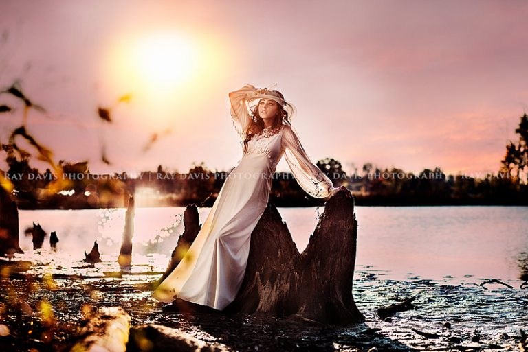 Louisville Styled Photo Session of girl in vintage dress by lake for modeling portfolio with Ray Davis Photography