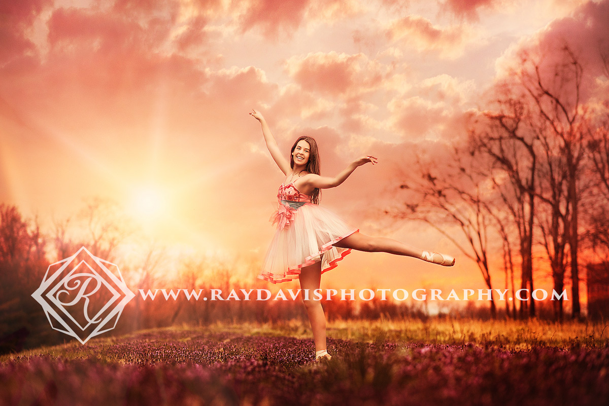 Teen Ballet dancer pictures by Ray Davis Photography